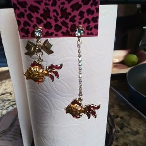 Betsy Johnson dangle fish earrings